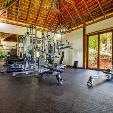 Villa Taaroa by Legends Residences 006