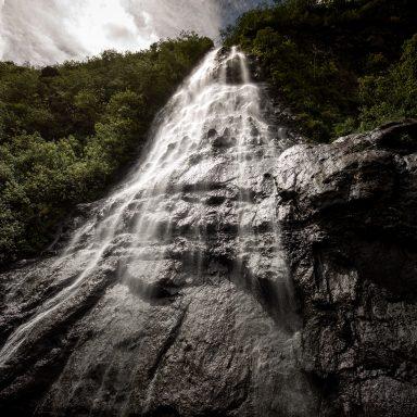Vodopády Afareaitu 003