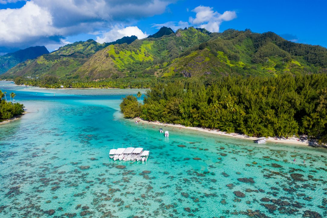 Fare Manuia, Haapiti, Moorea, The Island of Moorea, Society Islands, The Islands of Tahiti, French Polynesia, Best Place to Stay in Moorea, Vacation Home Rental, Home for Rent in Moorea, Bungalow for Rent in Moorea, Bungalows for Rent in Moorea